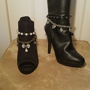 NWT - JEWELED BOOT JEWELRY
